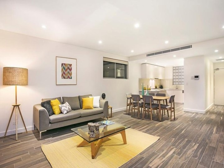 Organising a Furnished Home for Sale